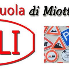Autoscuola MI8 ACLI di Alberto Alberto🚗🛵🏍🚚🚦 L'autoscuola che fa scuola